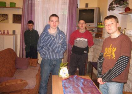 ZdunzkaWola, Polonia (2016): Casa di accoglienza per giovani problematici.